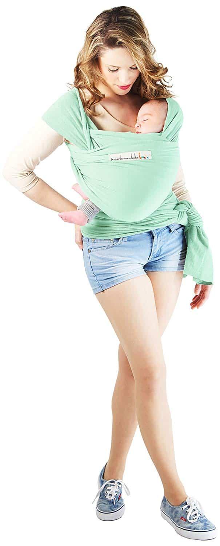 L'écharpe de portage est très pratique par sa légèreté et ses options faciles à utiliser.