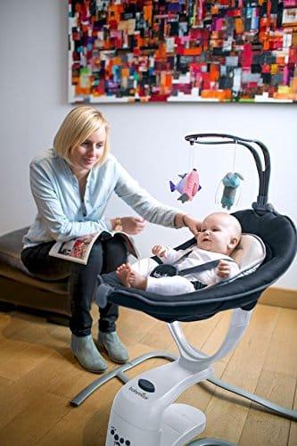 Cet article de puériculture sert à bercer le bébé en toute sécurité.