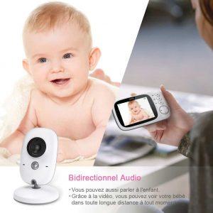 S'assurer de pouvoir veiller à tout moment sur un nourrisson avec le bon accessoire peut aider